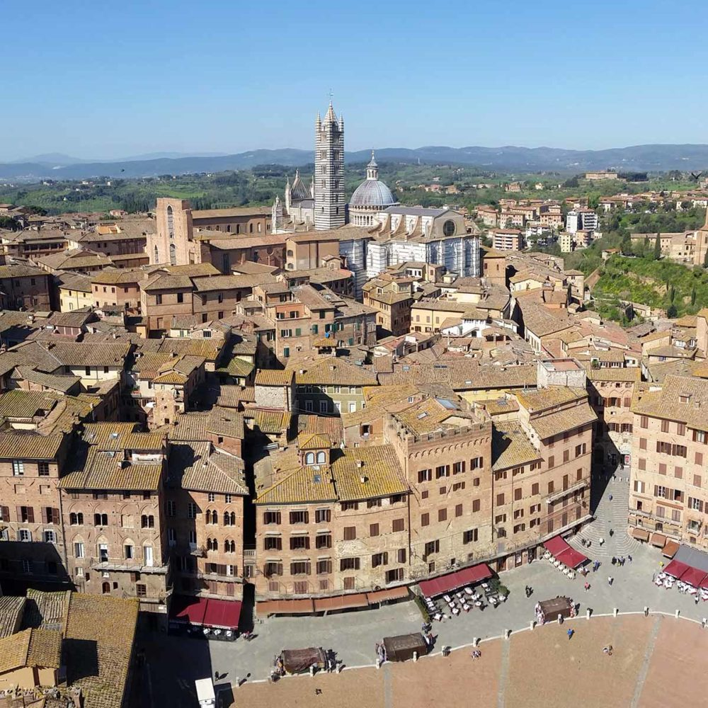 Tour of Siena with a local guide. Alps and Beyond cultural tours.