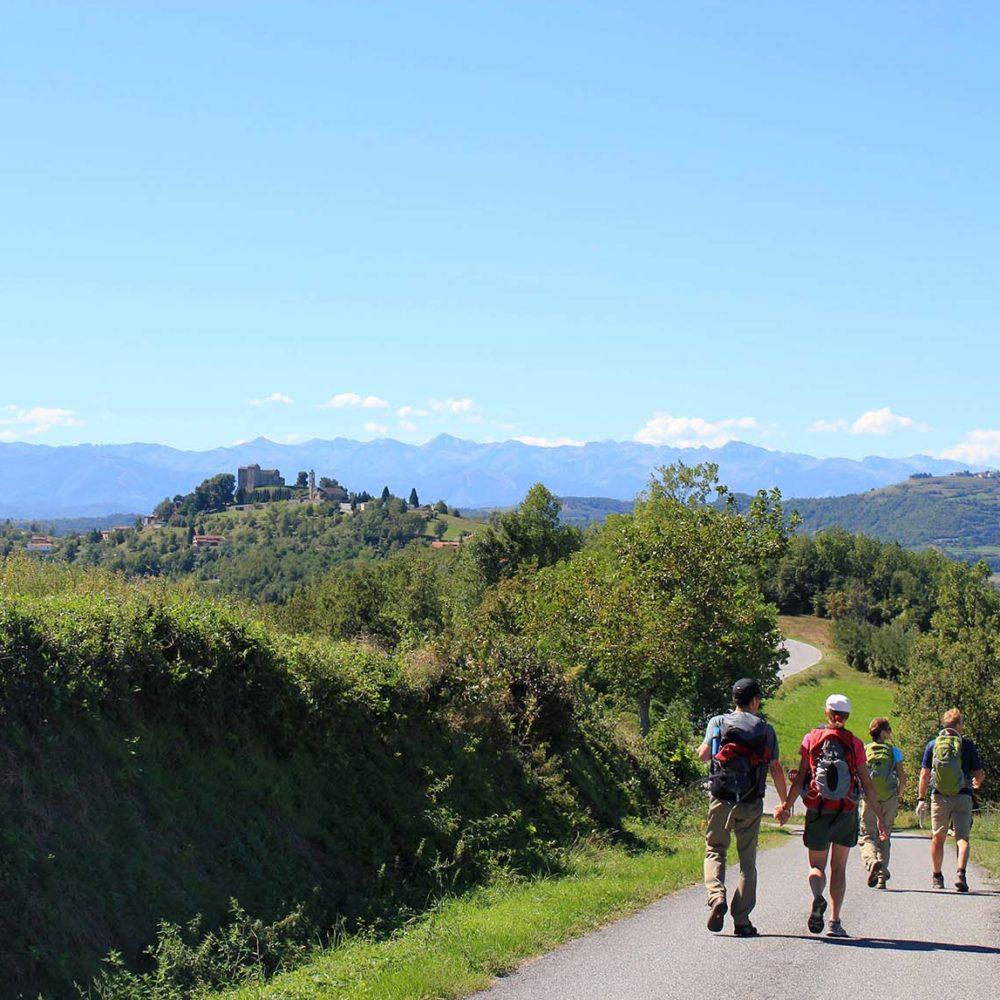 Hiking tour in Alta Langa, Piedmont (Piemonte)