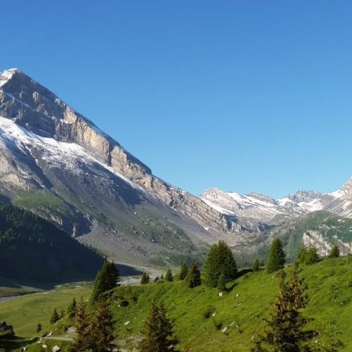Hiking from Kandersteg to Zermatt over the Gemmi Passs, between Bernese Oberland and Valais