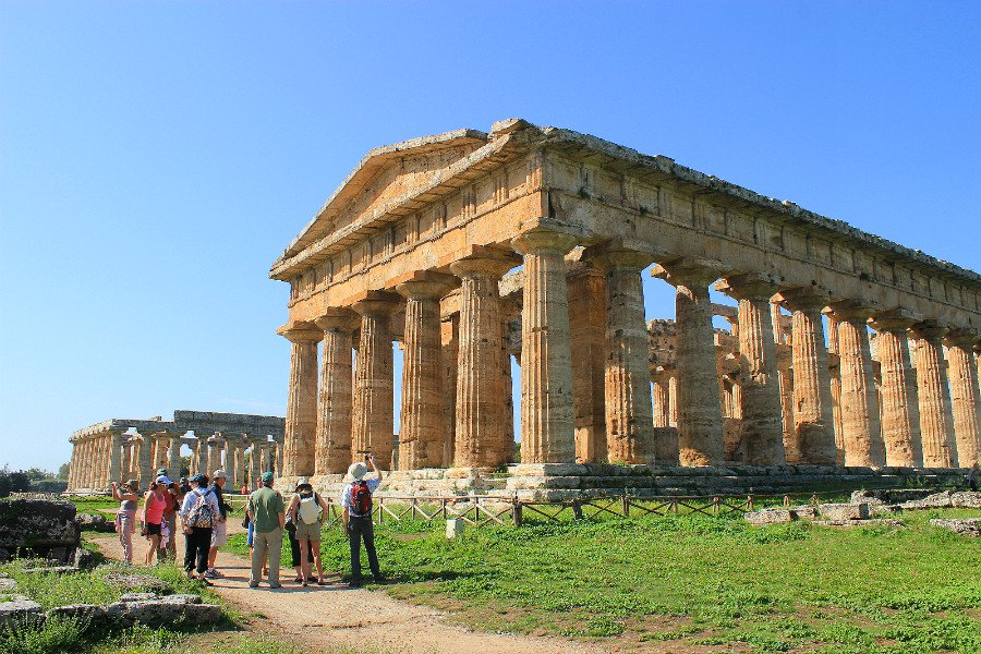amalfi coast-realm of the gods-paestum temples