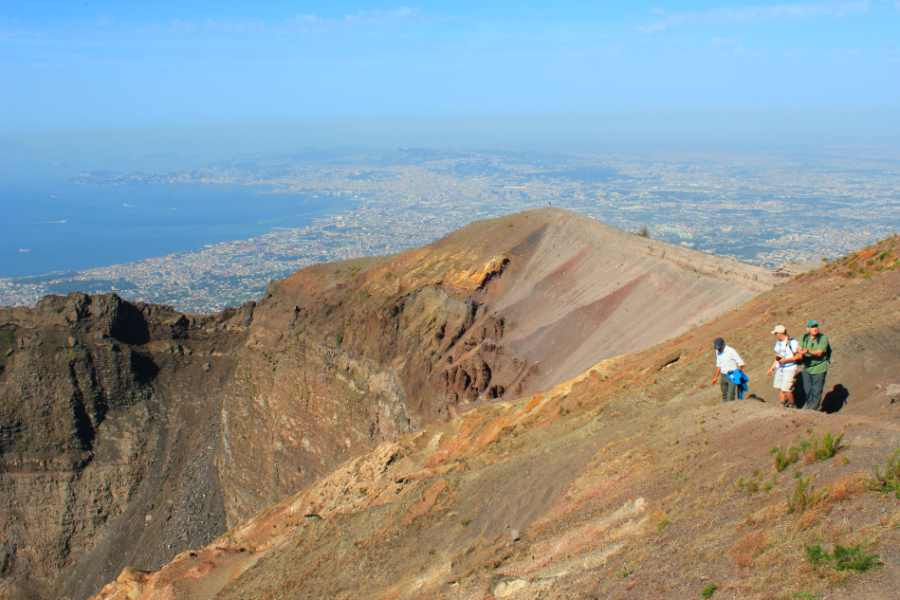 amalfi coast-realm of the gods-mount vesuvius