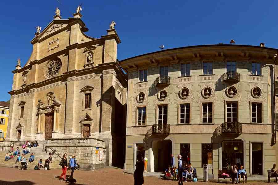 medieval bellinzona & saturday market | architecture
